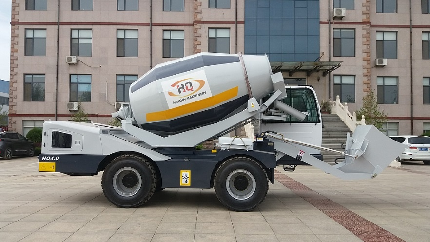 4.0m3 Self-Loading Mobile Concrete Mixer